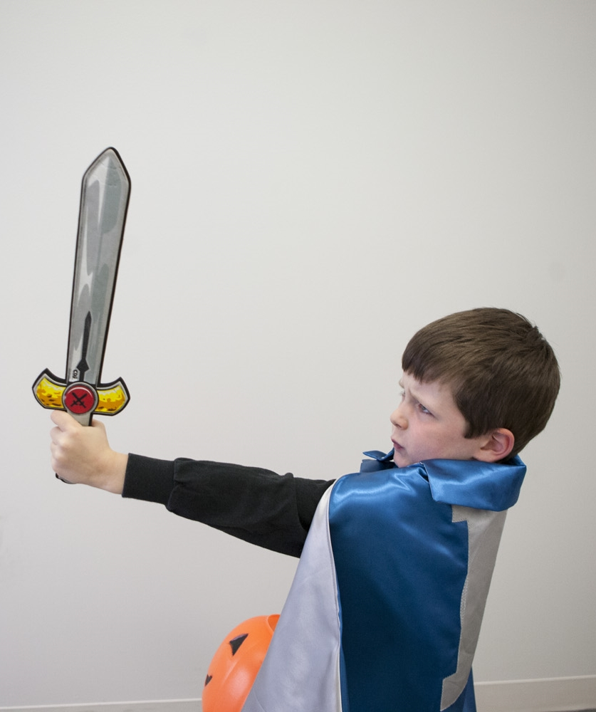 kid-with-sword-121952-edited